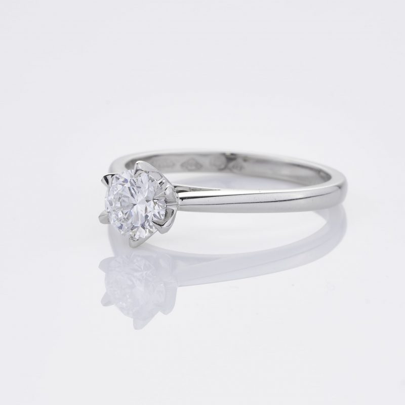 Crystalined Solitaire 4