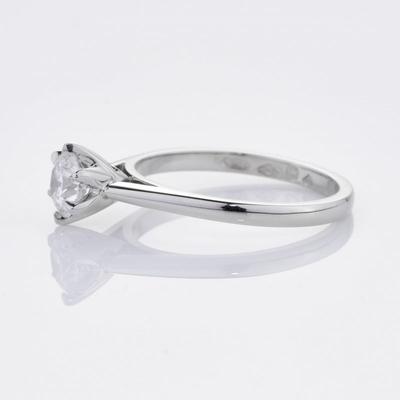 Crystalined Solitaire 8
