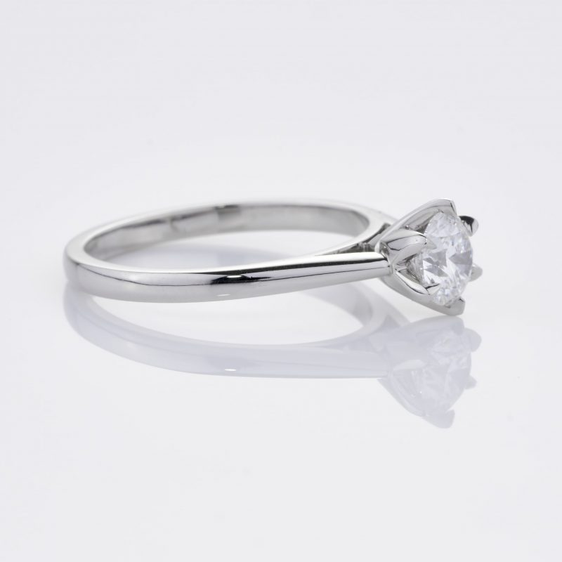 Crystalined Solitaire 31