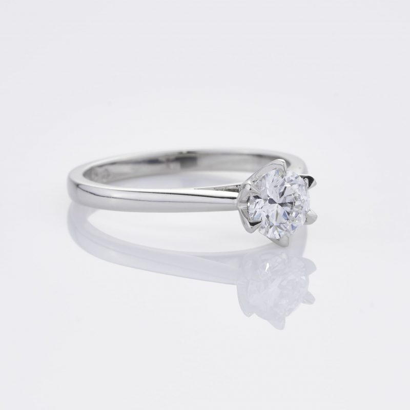 Crystalined Solitaire 34