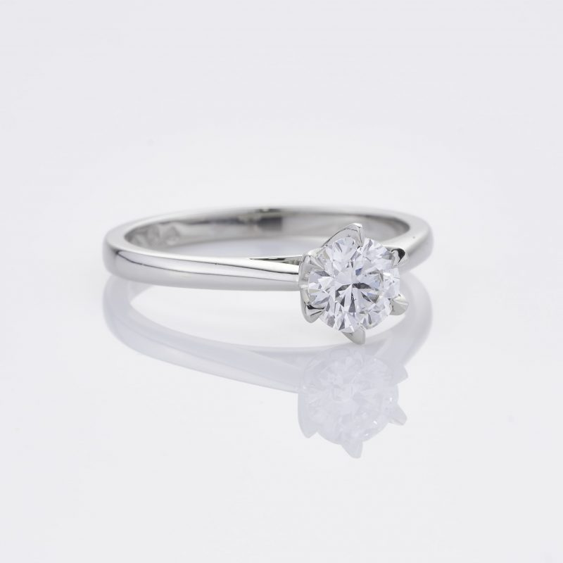 Crystalined Solitaire 35