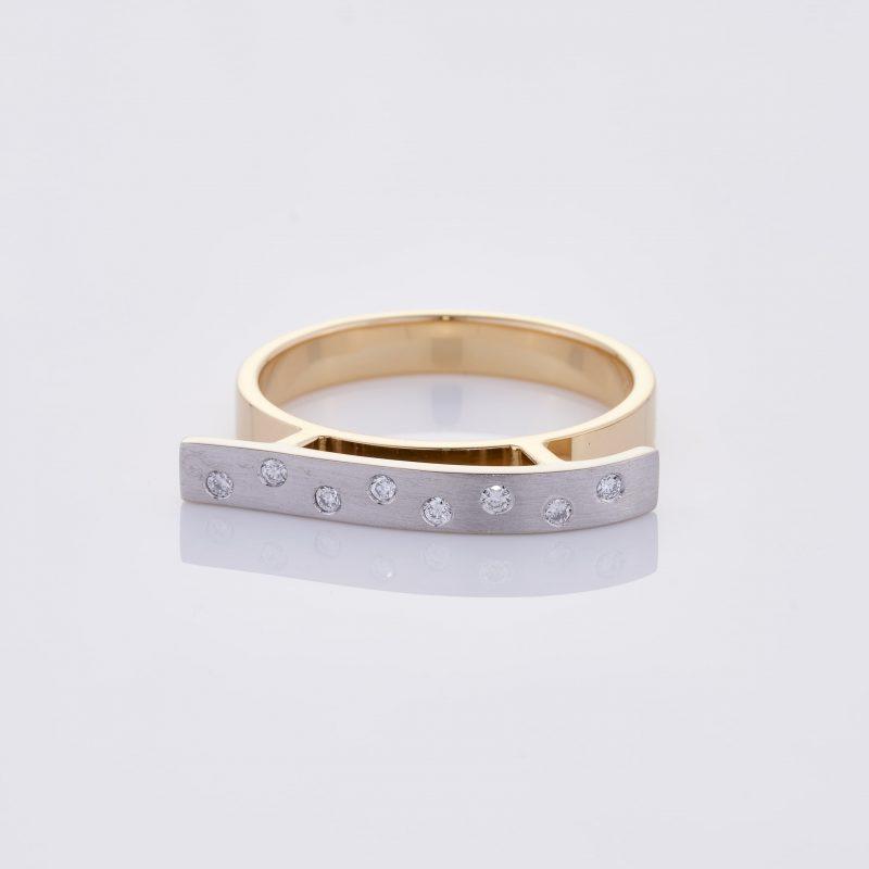 Vague Ring 002