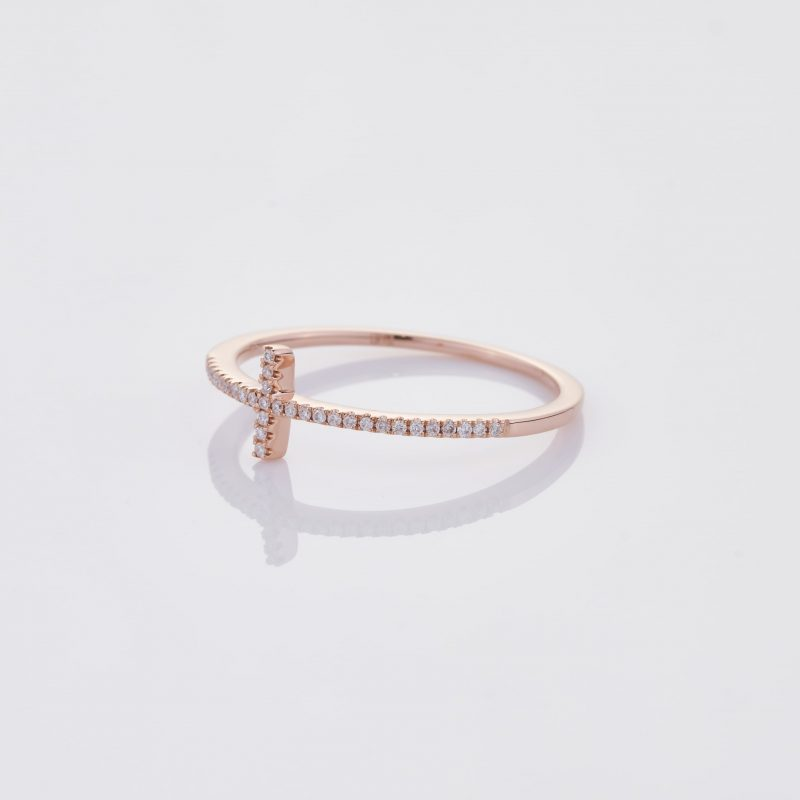 Delicate Cross Ring 003