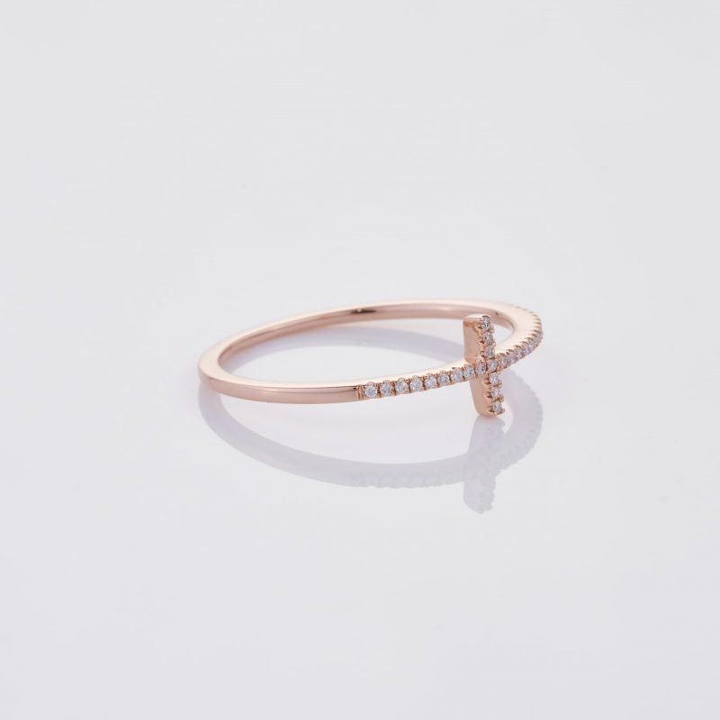 Delicate Cross Ring 031