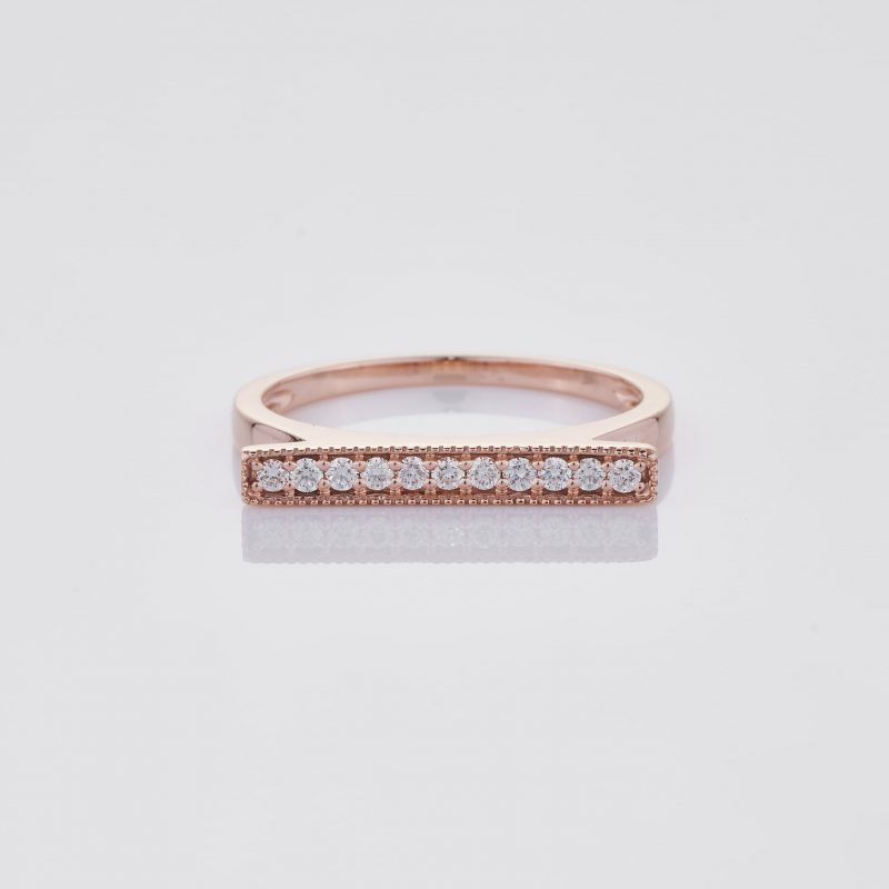 Line of fine Diamonds Ring 001