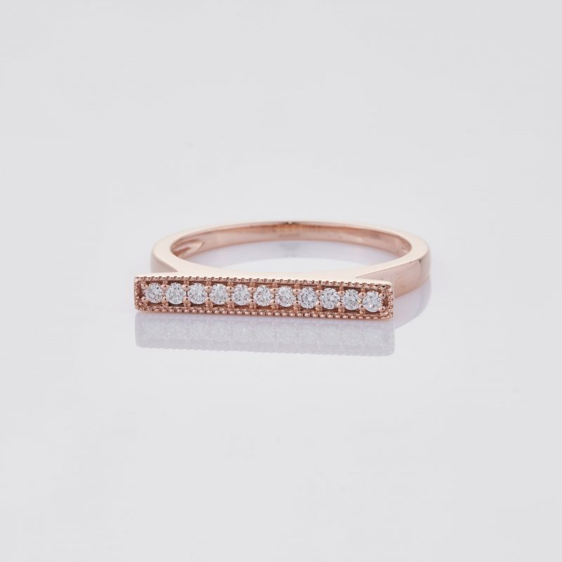 Line of fine Diamonds Ring 002