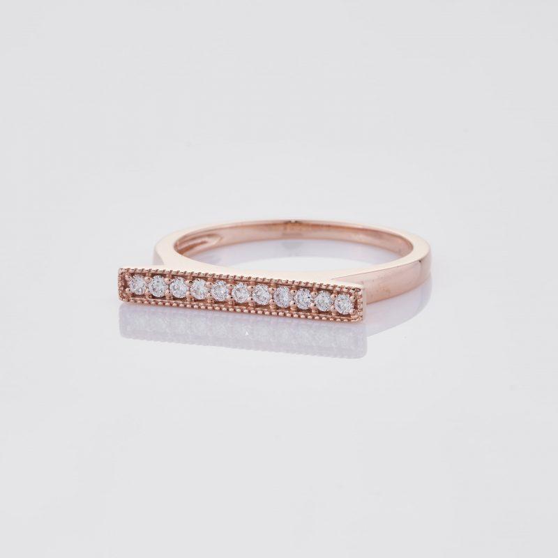 Line of fine Diamonds Ring 003