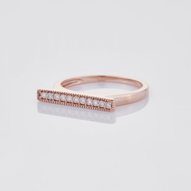 Line of fine Diamonds Ring 004