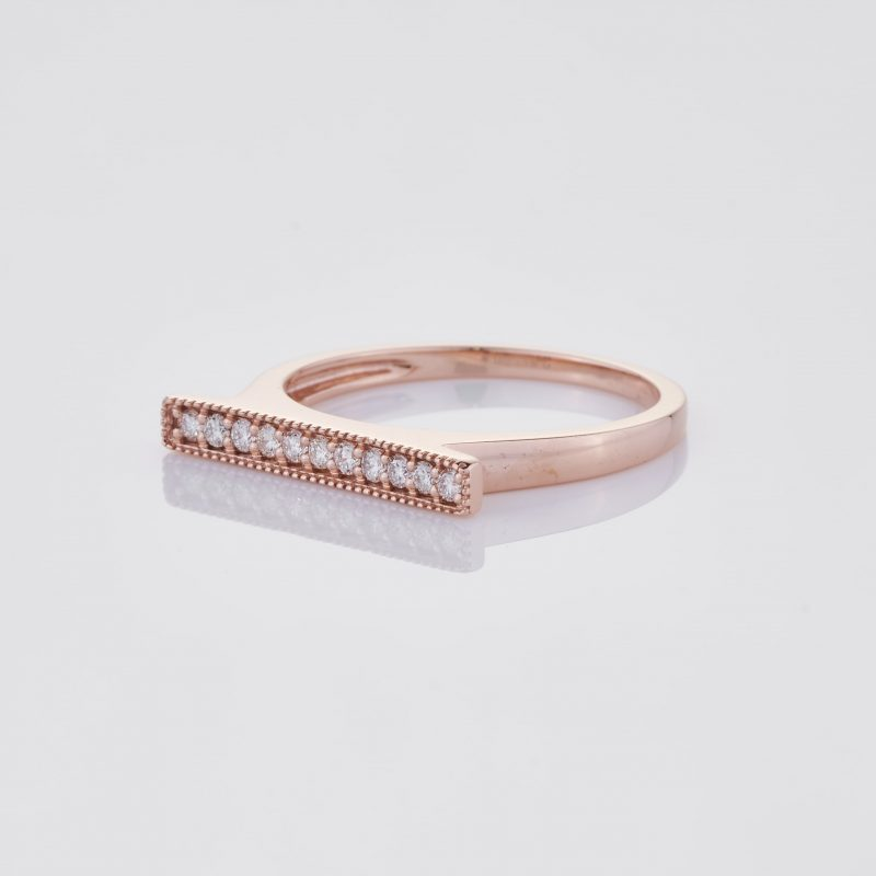 Line of fine Diamonds Ring 005