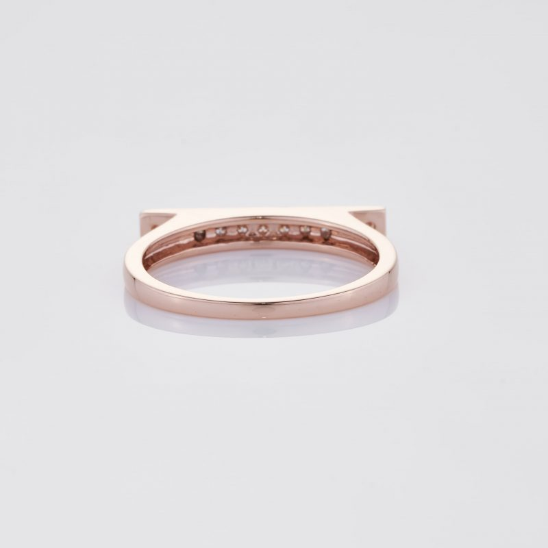 Line of fine Diamonds Ring 019
