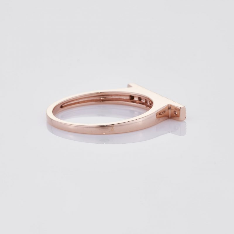 Line of fine Diamonds Ring 025