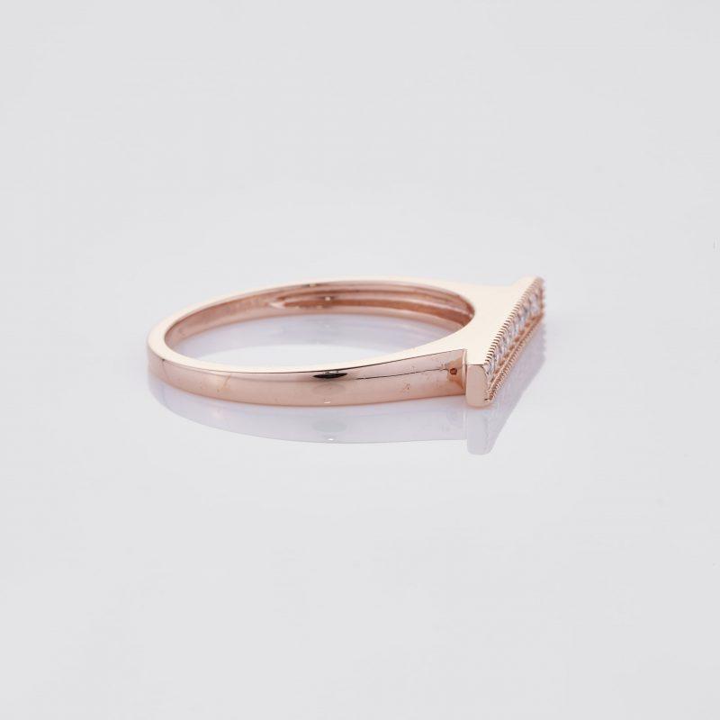 Line of fine Diamonds Ring 029