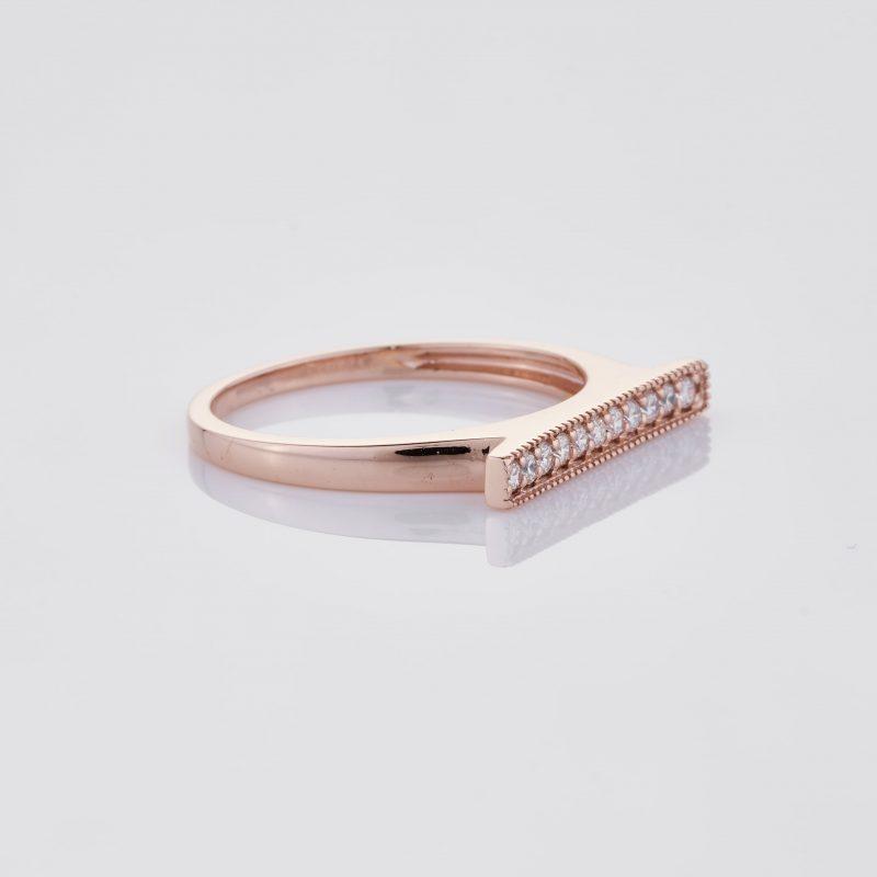Line of fine Diamonds Ring 031
