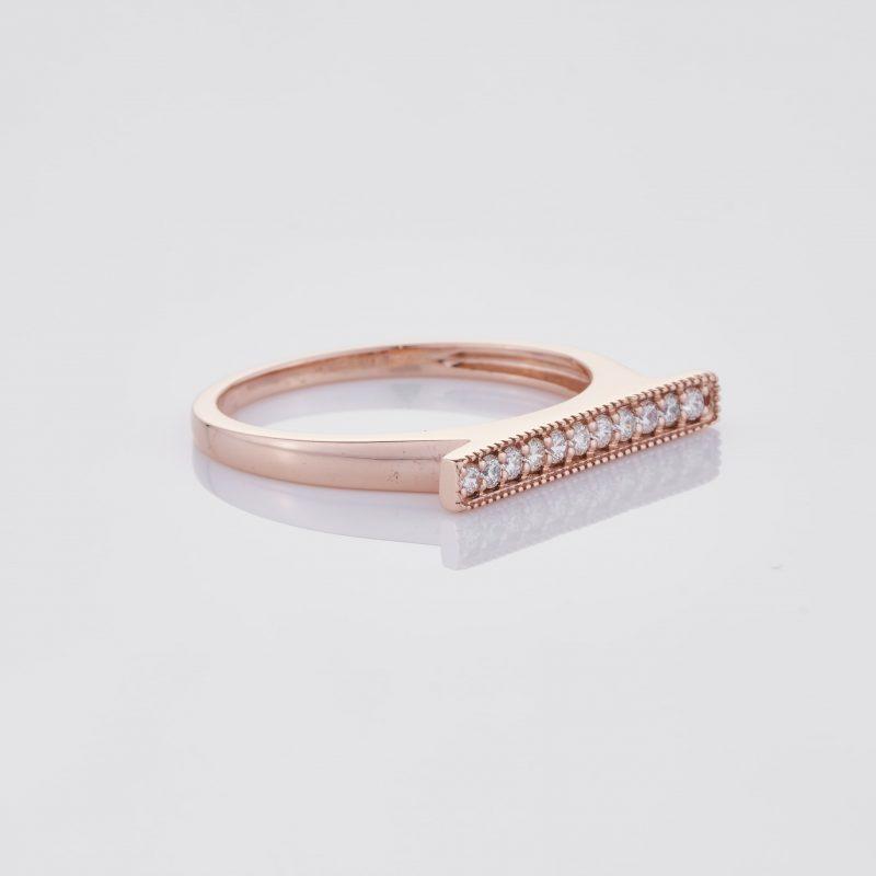 Line of fine Diamonds Ring 032