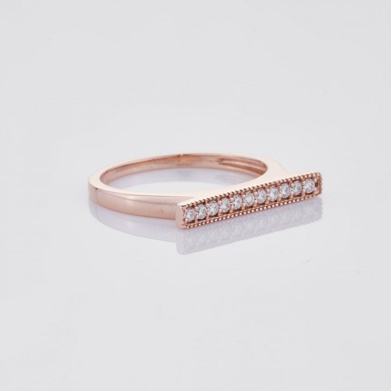 Line of fine Diamonds Ring 033