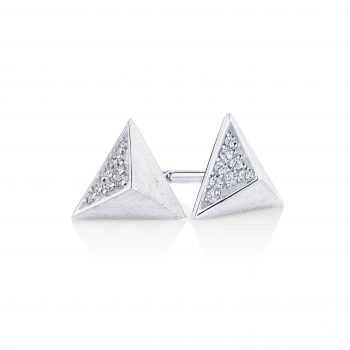 9 carat white gold triangular diamond set 001